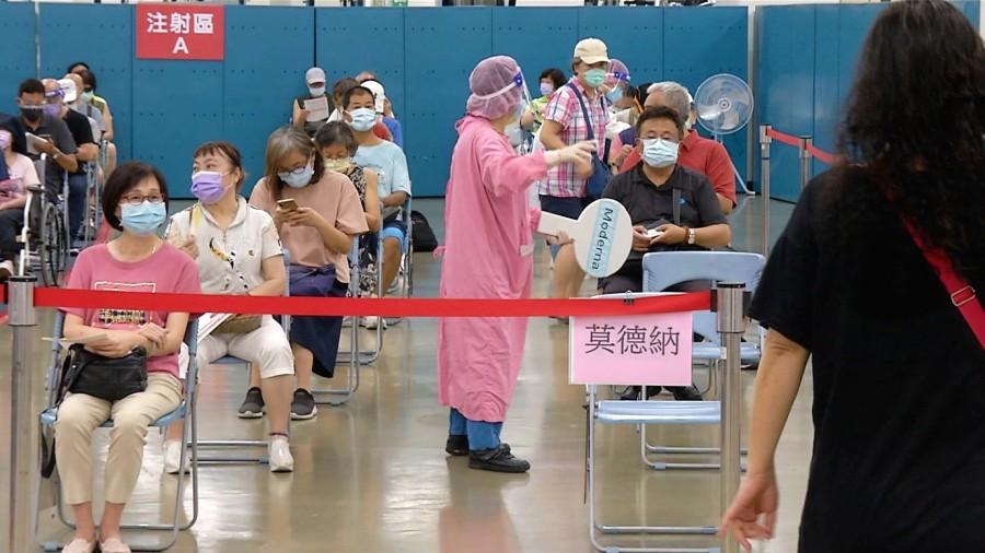 Taiwan's Self-Purchased BNT, Moderna Vaccines Arriving  自購64萬劑AZ與108萬劑莫德納 今陸續抵台